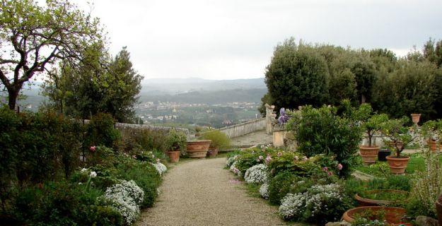 Вилла Гамберайя. Цветочные партеры лимонного сада